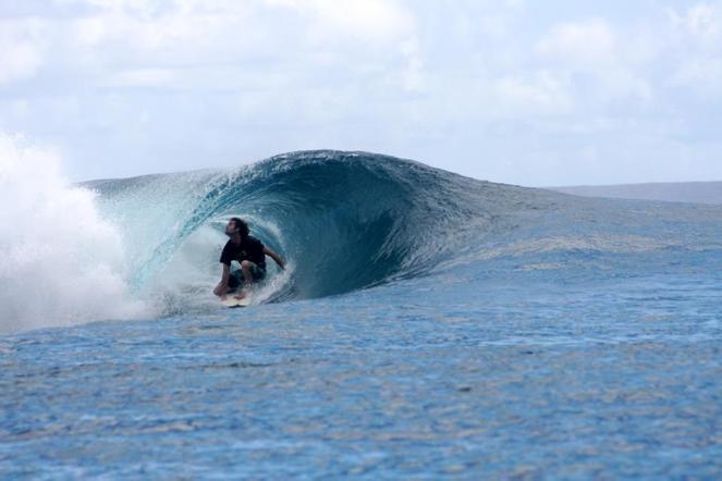 surf samoa, samoa surf spots, manoa tours samoa