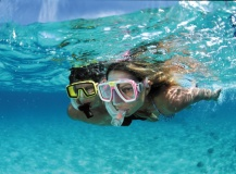 family-snorkeling