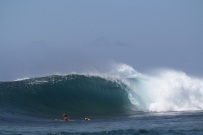 Samoa Surfing Right hander