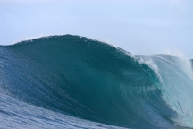 Samoa_Surfing_Right_empty
